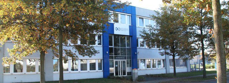 Bild Frontseite des neuen Gebäudes in Moers