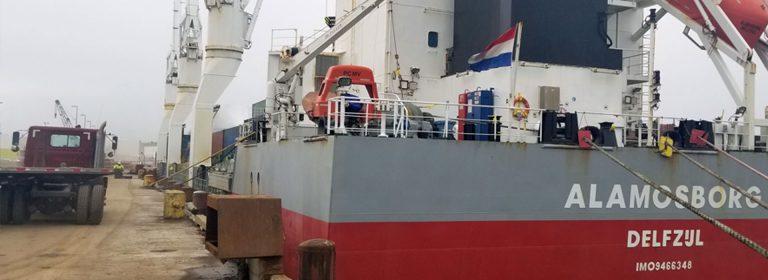hintere Ansicht des Schiffes Alamosborg aus den Niederlanden